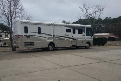 Winnebago-at-RVRoof-com-shop