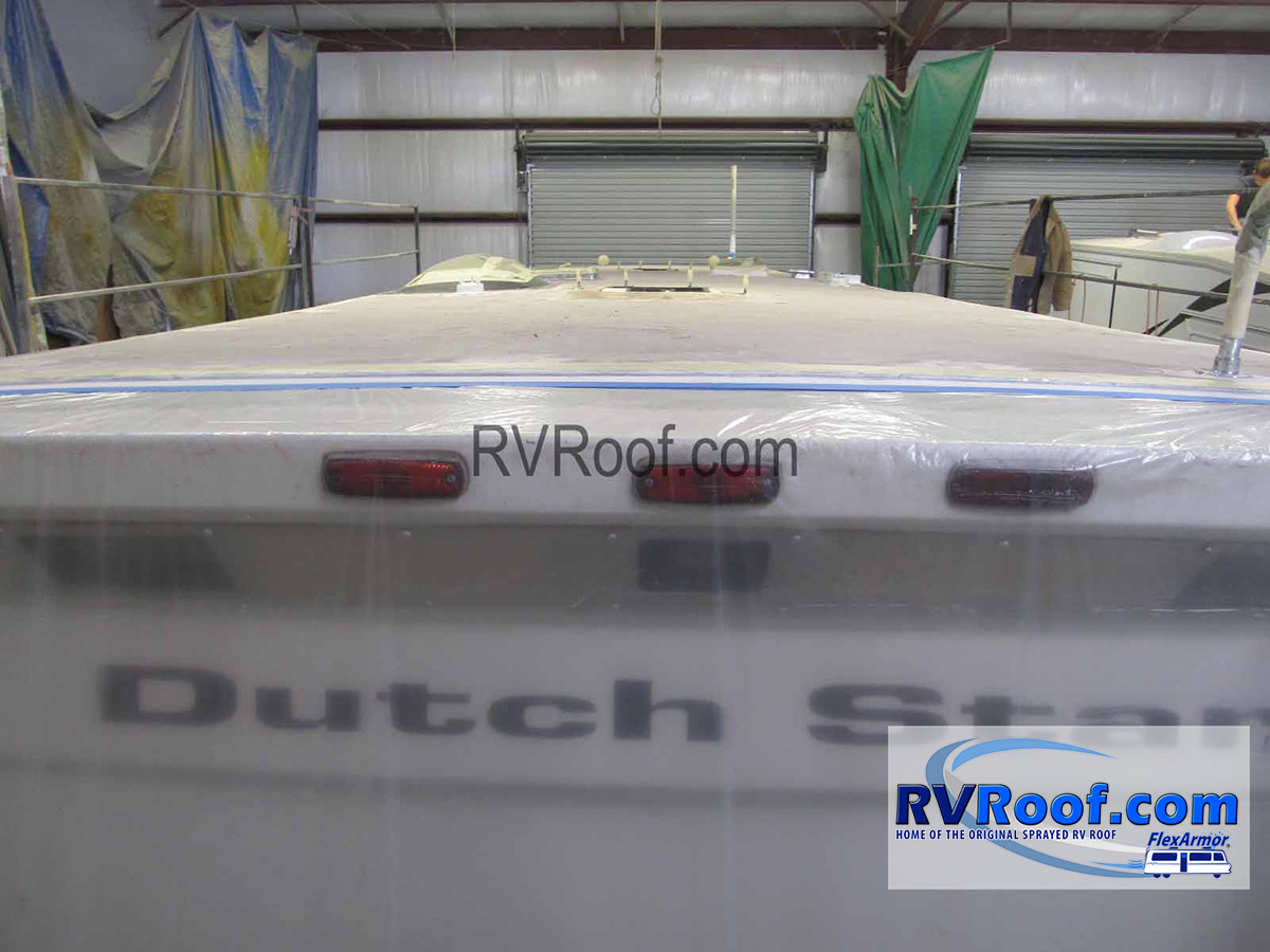 Newmar-Dutch-star-with-FlexArmor-roof
