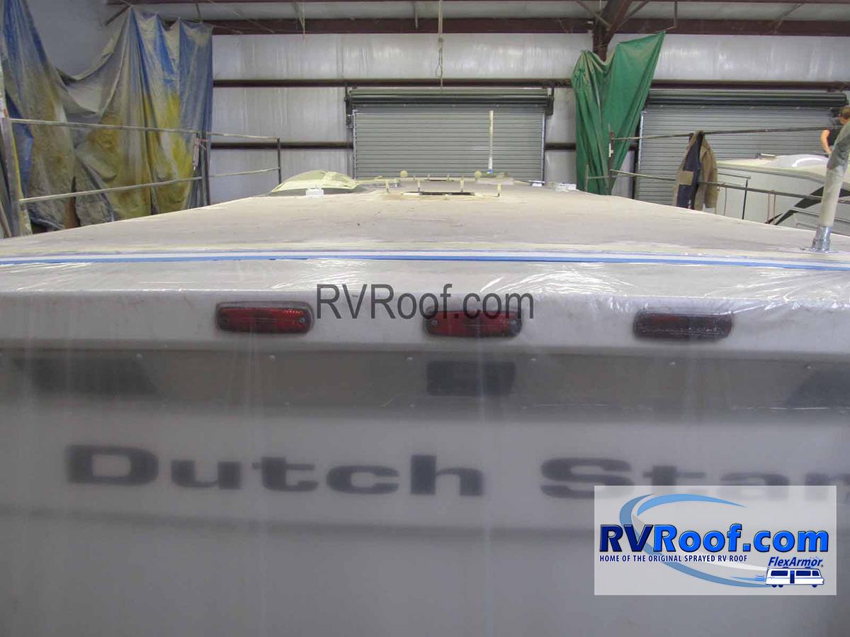 Newmar-Dutch-star-with-FlexArmor-roof