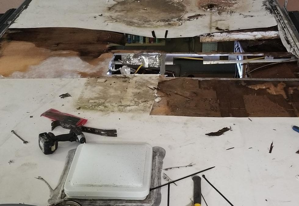 Vacuum Bonded Roof: Importance of Knowing How Your RV is constructed.