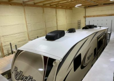 lifetime rv roof on a fifth wheel