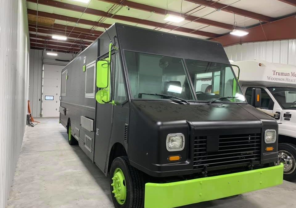 Lifetime RV Roof – Missouri Shop – Specialty Vehicles